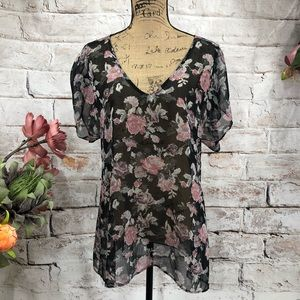 Show Me Your Mumu Classic Floral Rose Tunic